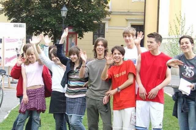 fiatalok