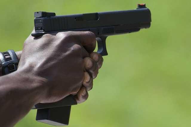 Lövöldözés, fegyver