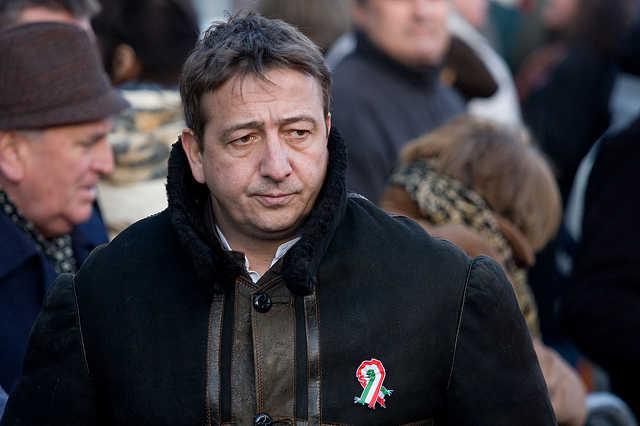 A Fidesz nagygyűlése 2010 március 15-én - Bayer Zsolt