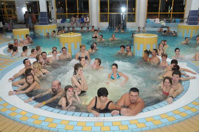 Fürdők éjszakája Sárváron - Hajnalig tartott nyitva a gyógyfürdő