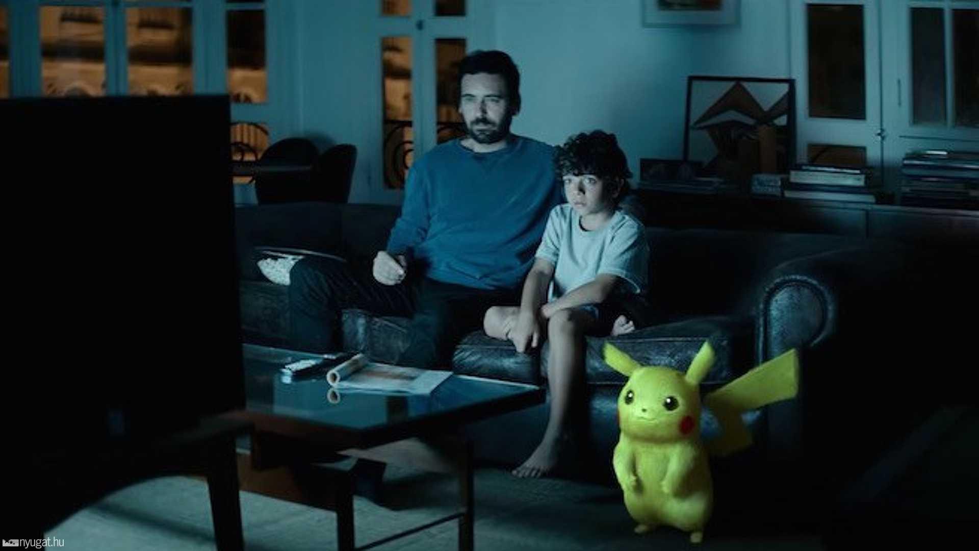 Apa, fia és Pikachu