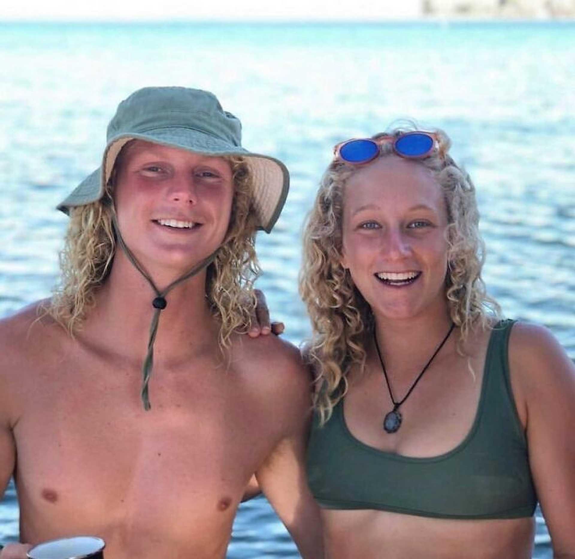 Siblings or Dating? -randiznak